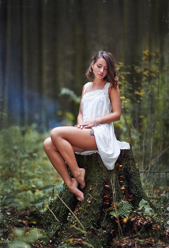 неопытную риту в лесу
